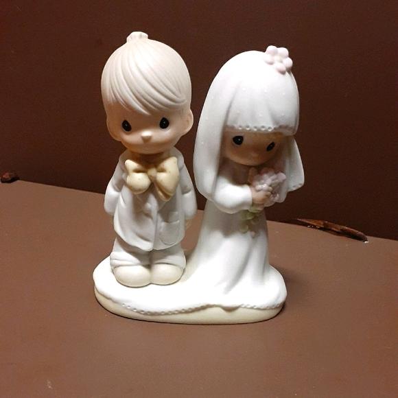 Vintage Precious Moments Figurine
